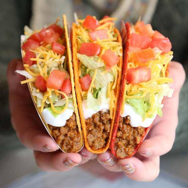 Taco Bell | meal takeaway | 525 General Motors Rd, Milford Charter Twp, MI 48381, USA | 2486849966 OR +1 248-684-9966