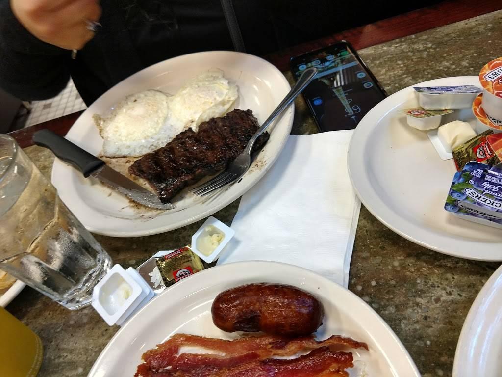 Moonstruck | restaurant | 462 1st Avenue, New York, NY 10016, USA | 2125624141 OR +1 212-562-4141