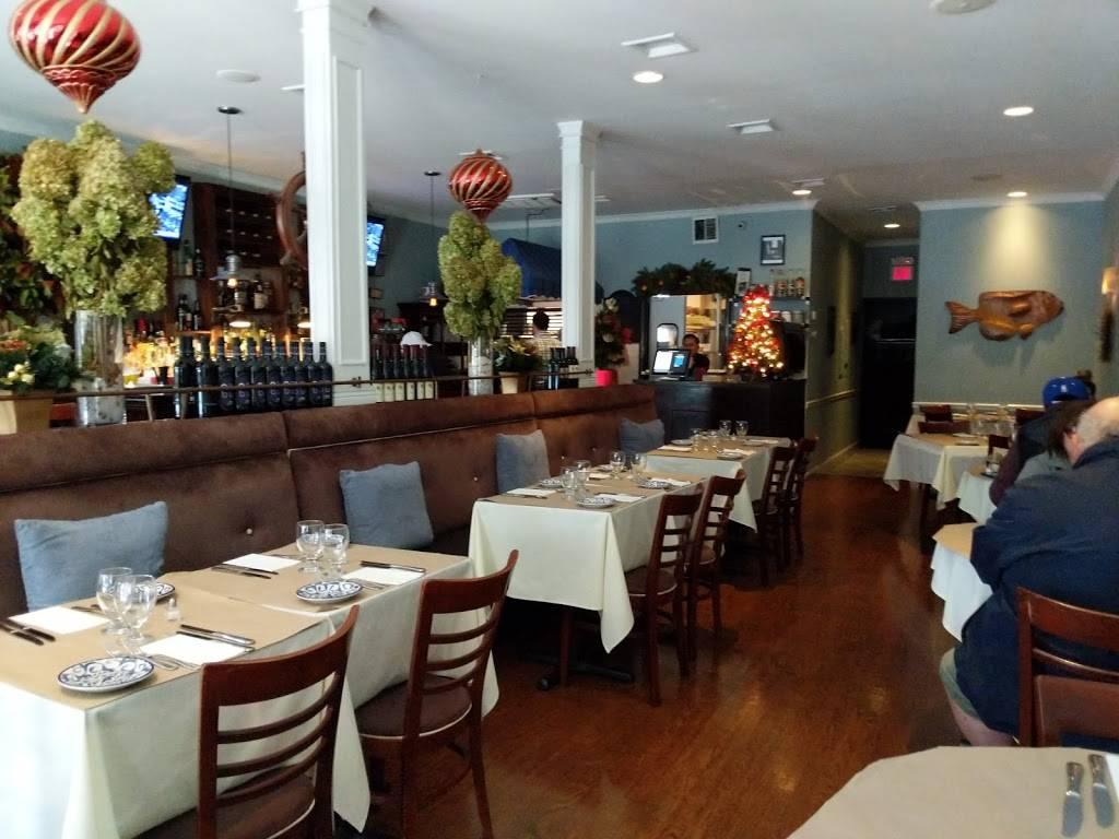 Caffe Regatta Oyster Bar and Grill | restaurant | 133 Wolfs Lane, Pelham, NY 10803, USA | 9147388686 OR +1 914-738-8686