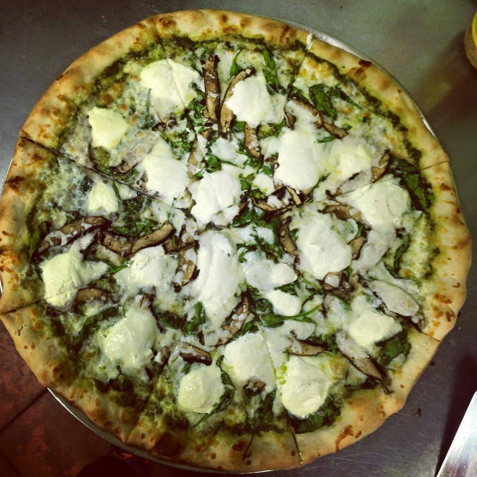 Moondog Pizza | restaurant | 831 W Union St, Morganton, NC 28655, USA | 8284334030 OR +1 828-433-4030