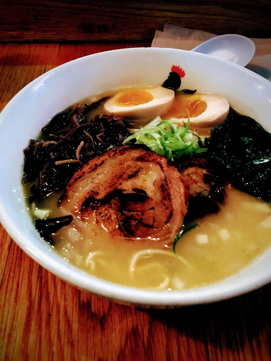 Totto Ramen Midtown East | restaurant | 248 E 52nd St, New York, NY 10022, USA | 2124210052 OR +1 212-421-0052