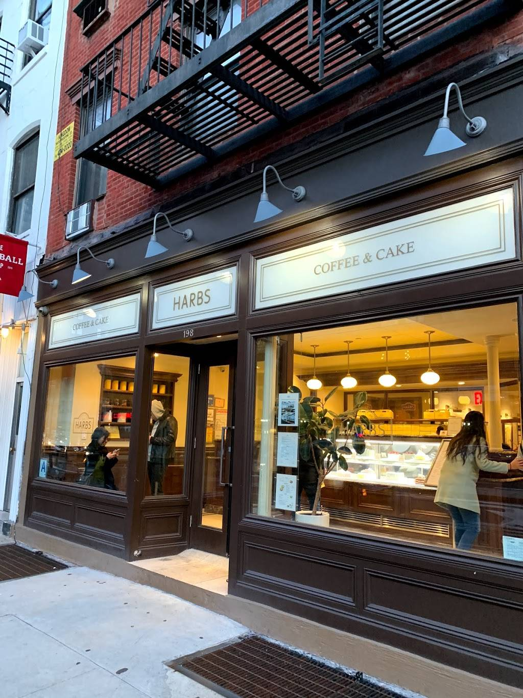 HARBS — Chelsea Store | cafe | 198 9th Ave, New York, NY 10011, USA | 6463366888 OR +1 646-336-6888