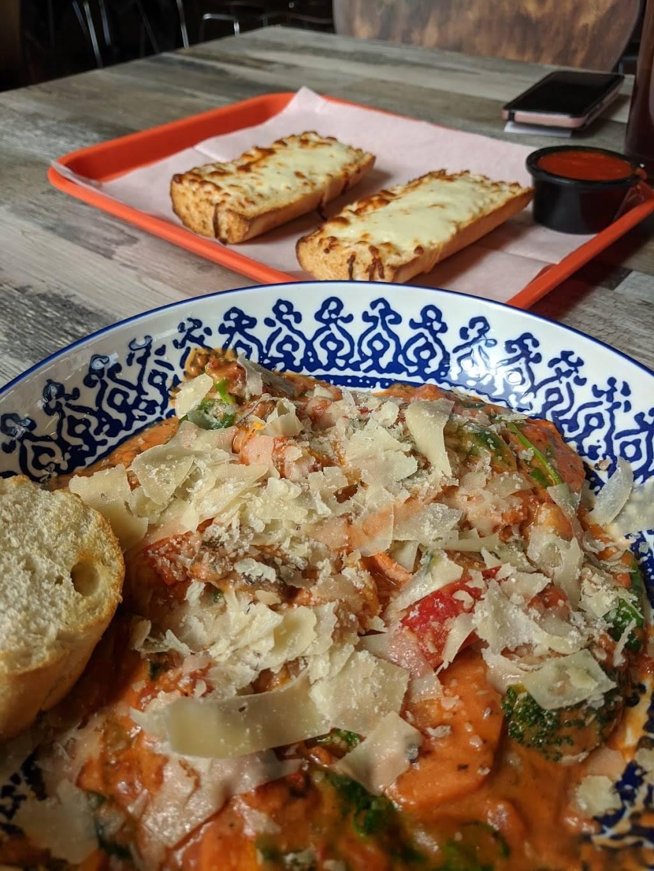 Bad Nonnas Pasta | restaurant | 6811 SE 15th St, Midwest City, OK 73110, USA | 4059313636 OR +1 405-931-3636