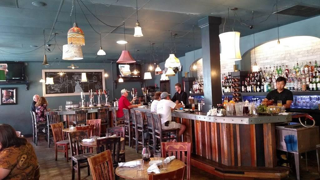 The Living Room On Main Restaurant 487 Main St Dunedin Fl