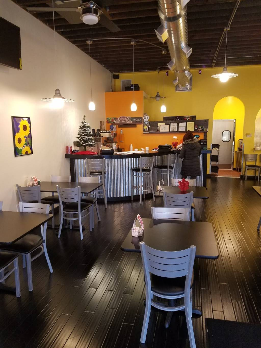 Whiting Cafe and Cantina | cafe | 1320 119th St, Whiting, IN 46394, USA | 2196594800 OR +1 219-659-4800