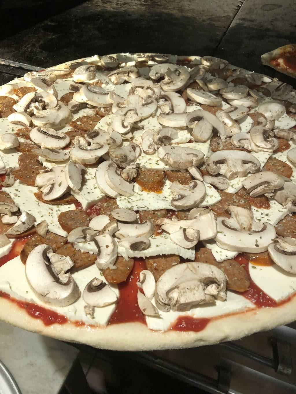 Italy Pizza | restaurant | 800 Manhattan Ave, Brooklyn, NY 11222, USA | 7183839079 OR +1 718-383-9079
