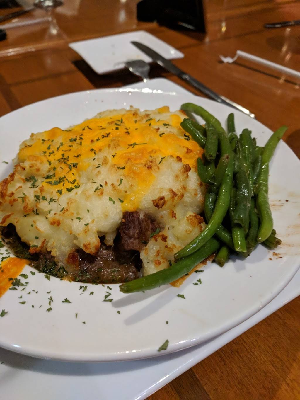 The Eagles Nest Restaurant at The Tillery Tradition Country Clu | restaurant | 214 Tradition Dr, Mt Gilead, NC 27306, USA | 9104395578 OR +1 910-439-5578