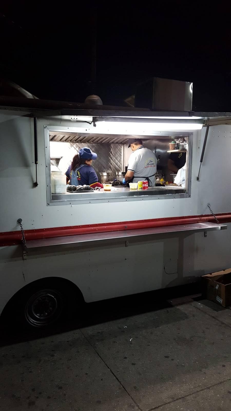 Los Primos Chimichurris | restaurant | Corona, NY 11368, USA | 3472511234 OR +1 347-251-1234