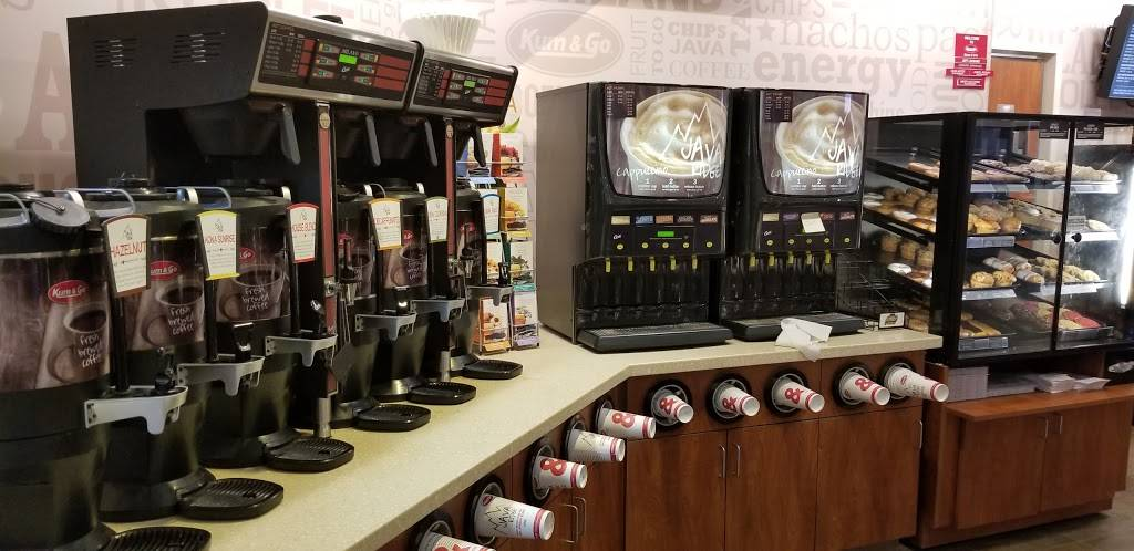 Kum & Go | meal takeaway | 629 S Division St, Stuart, IA 50250, USA | 5155231130 OR +1 515-523-1130