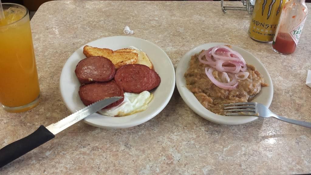 D Polancos | restaurant | 33-13 108th St, Corona, NY 11368, USA | 7185659598 OR +1 718-565-9598