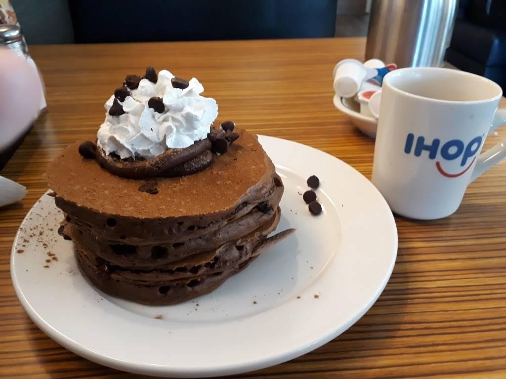 IHOP | bakery | 5800 Durand Ave, Racine, WI 53406, USA | 2624561879 OR +1 262-456-1879