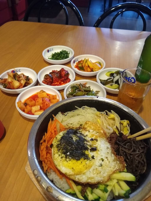 golden chopsticks  restaurant  3846 st marys rd