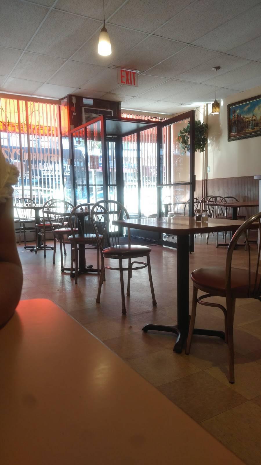 Pyza | restaurant | 118 Nassau Ave, Brooklyn, NY 11222, USA | 7183498829 OR +1 718-349-8829