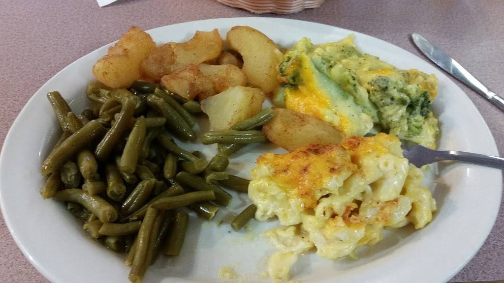 Dukes Restaurant | restaurant | 4503, 4875 Country Club Rd, Winston-Salem, NC 27104, USA | 3367683108 OR +1 336-768-3108