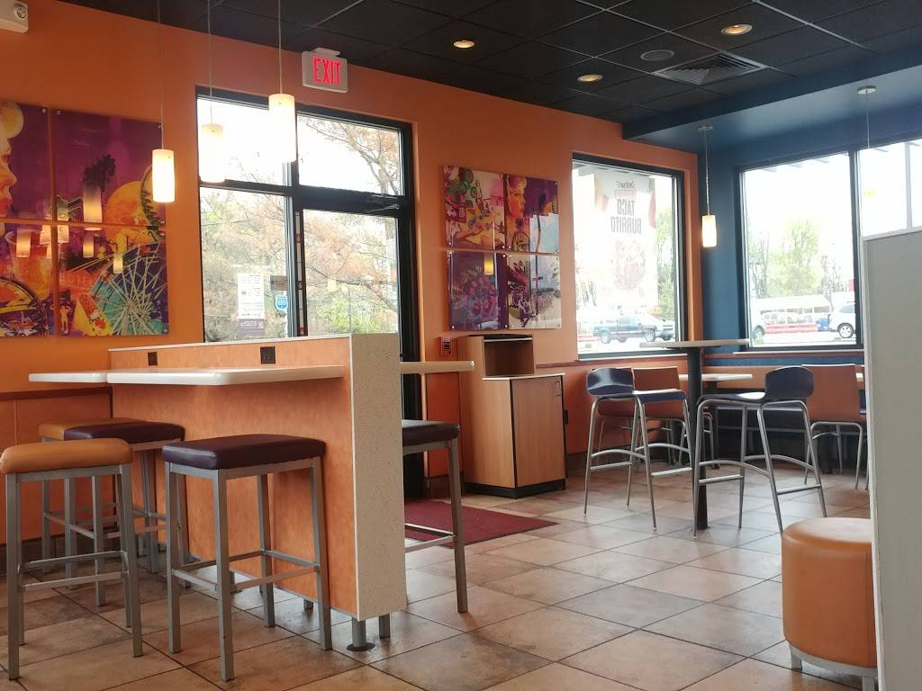 Taco Bell | meal takeaway | 851 Washington St, Middletown, CT 06457, USA | 8603470515 OR +1 860-347-0515