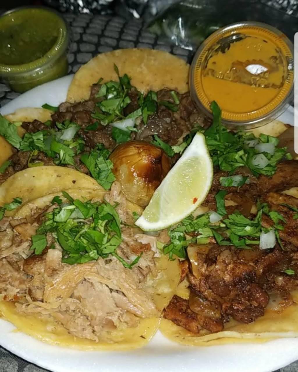 Taqueria Los 3 Gallos | restaurant | 22472 Meekland Ave, Hayward, CA 94541, USA