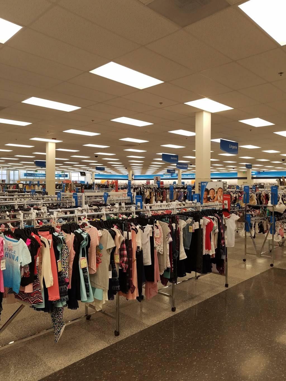 Washington Crown Center   shopping mall   1500 W Chestnut St, Washington, PA 15301, USA   7242284270 OR +1 724-228-4270