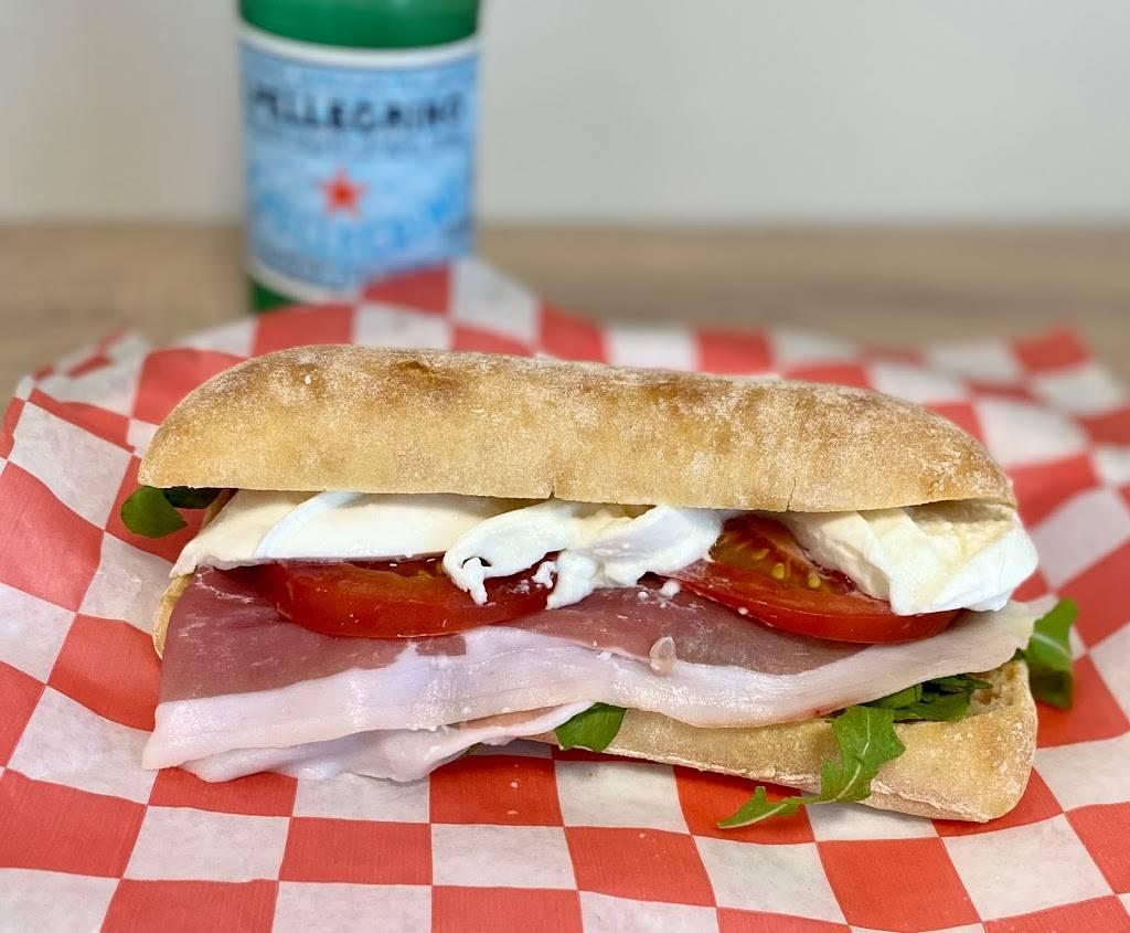Bella Mia Italian Cafe | cafe | 808 Wiggins Pass Rd Unit 104, Naples, FL 34110, USA | 2392503310 OR +1 239-250-3310