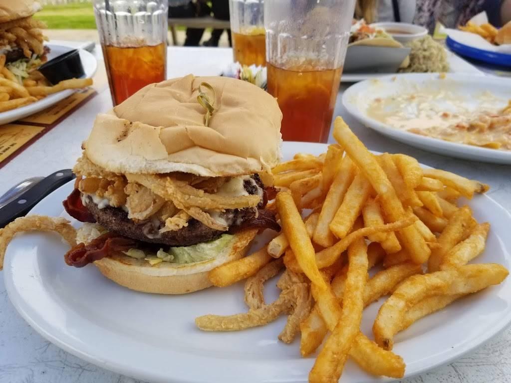 Neches River Wheelhouse | restaurant | 720 Lee Ave, Port Neches, TX 77651, USA | 4098531249 OR +1 409-853-1249