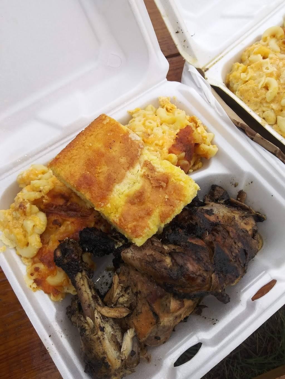 Blacktop BBQ | restaurant | 724-42 E 5th Ave, Gary, IN 46402, USA