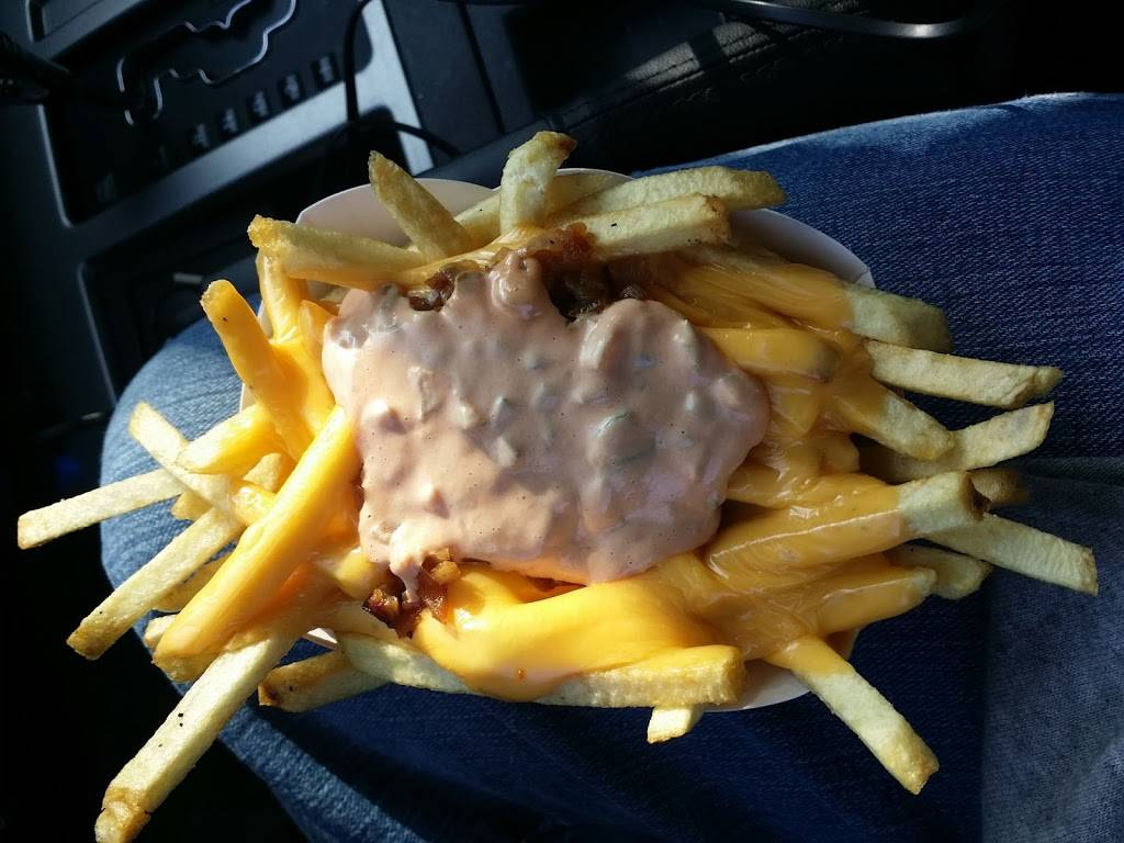 In-N-Out Burger - Restaurant | 1364 Holiday Ln, Fairfield