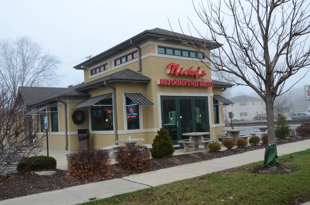 Nickys Red Hots   restaurant   335 E Ogden Ave, Naperville, IL 60563, USA   6305271200 OR +1 630-527-1200