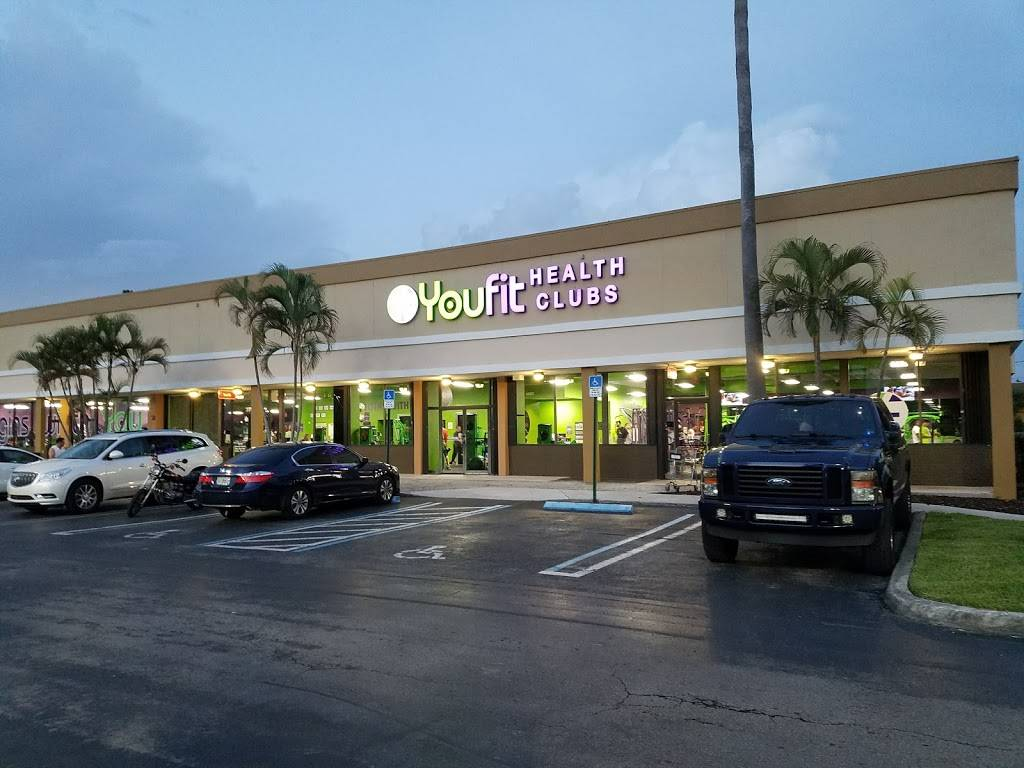 Concord Shopping Plaza | shopping mall | 11381 SW 40th St, Miami, FL 33165, USA | 3059471664 OR +1 305-947-1664