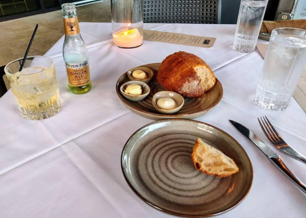 Arnettes Chop Shop | restaurant | 2700 Apple Valley Rd NE, Brookhaven, GA 30319, USA | 4049690701 OR +1 404-969-0701
