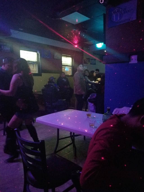 Esthers place NJ | restaurant | 666 N 7th St, Newark, NJ 07107, USA | 9737328842 OR +1 973-732-8842