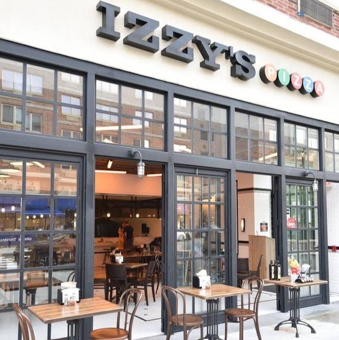 Izzys Pizzeria | restaurant | City Place, 86 The Promenade, Edgewater, NJ 07020, USA | 2017952600 OR +1 201-795-2600
