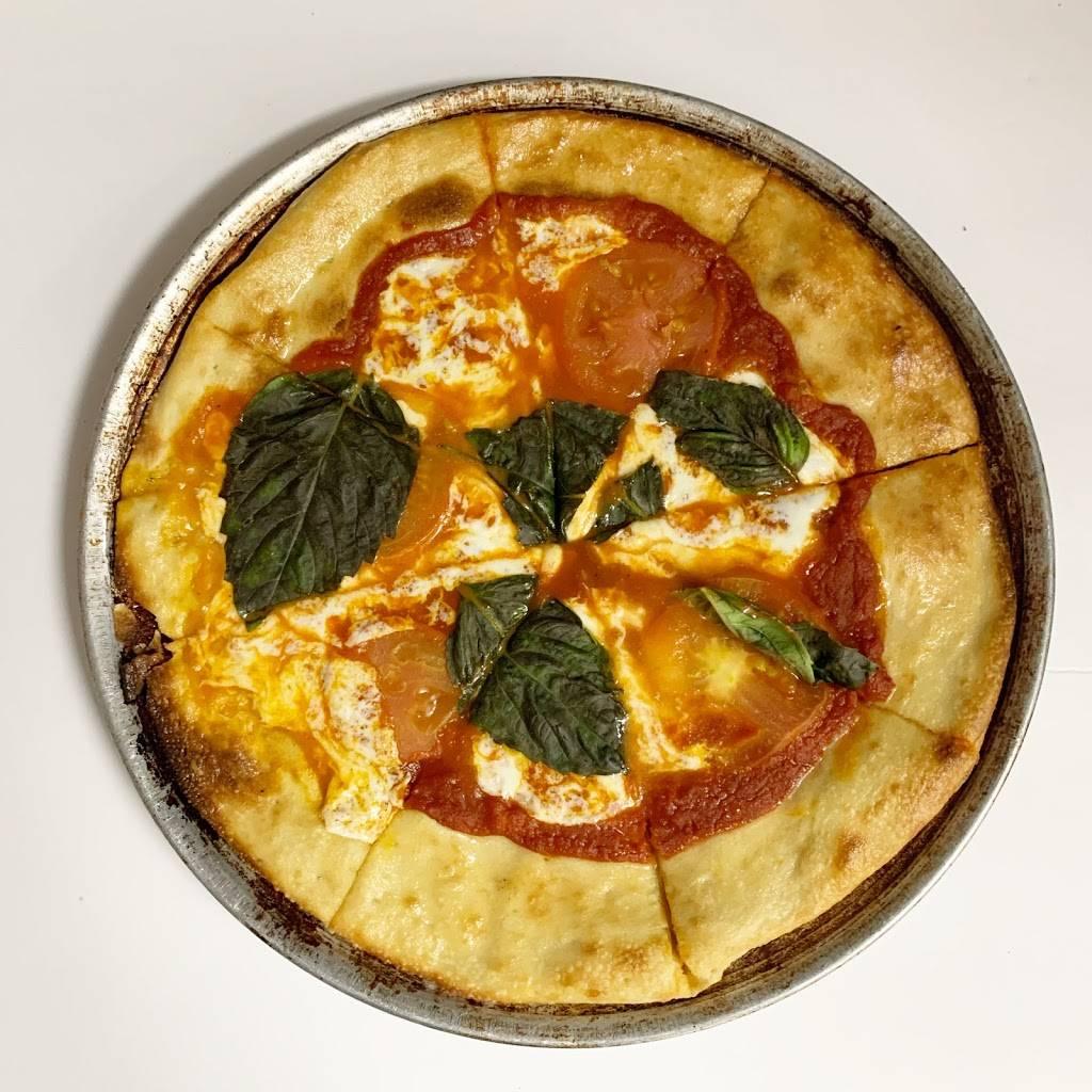Spring Pizza | restaurant | 26420 Preston Ave, Spring, TX 77373, USA | 2815289868 OR +1 281-528-9868