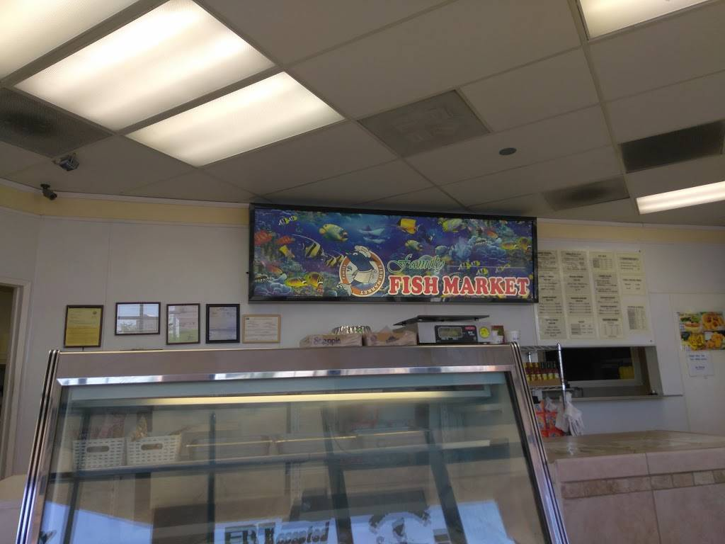 Family Fish Market | restaurant | 14928 7th St, Victorville, CA 92395, USA | 7602451416 OR +1 760-245-1416