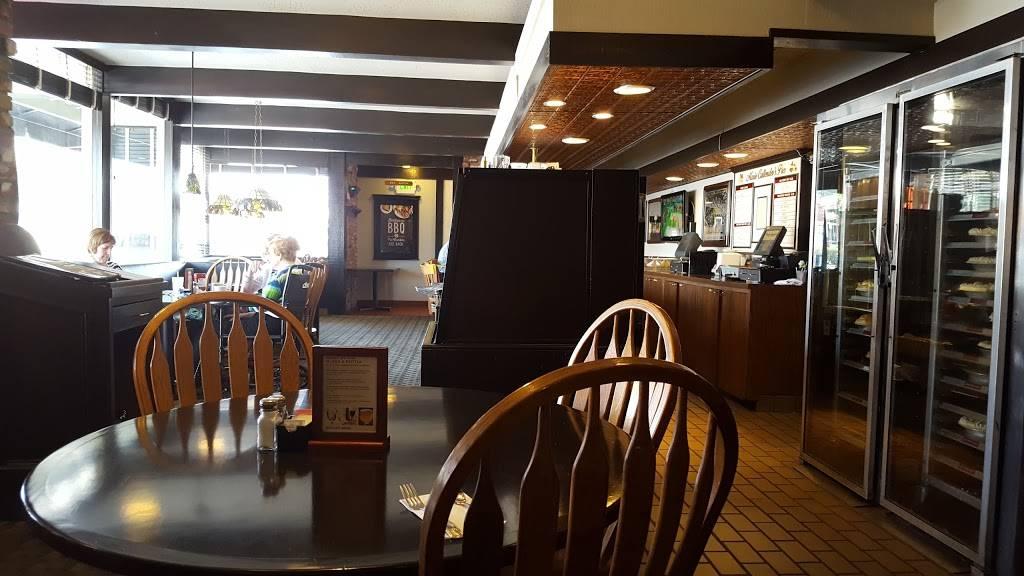 Marie Callenders | restaurant | 340 E Whittier Blvd, La Habra, CA 90631, USA | 5626910705 OR +1 562-691-0705