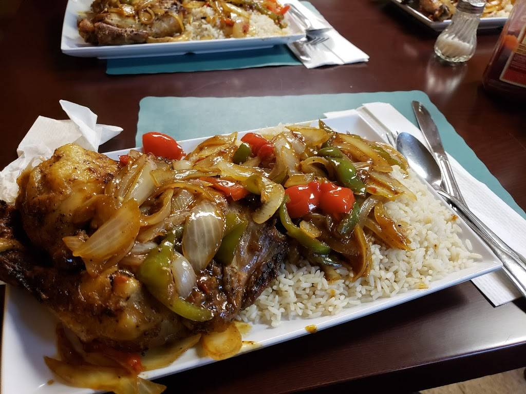 African Small Pot | restaurant | 6505 Woodland Ave, Philadelphia, PA 19142, USA | 2677137603 OR +1 267-713-7603
