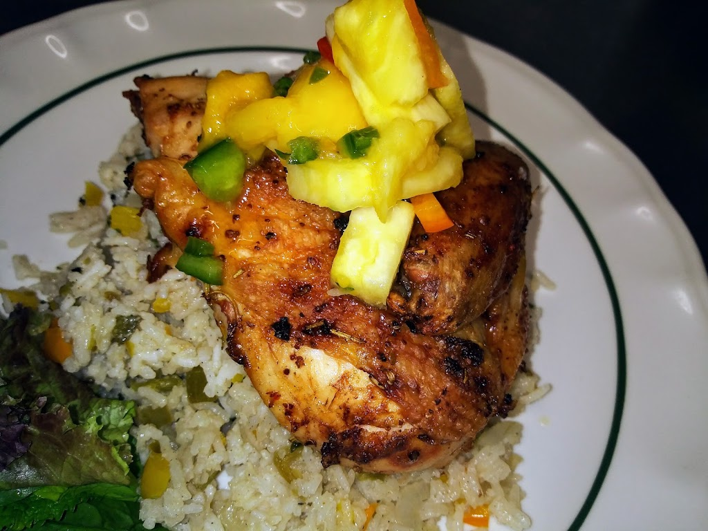 Christophers Landing | restaurant | 6 Bay Ave, Warwick, RI 02889, USA | 4018895585 OR +1 401-889-5585