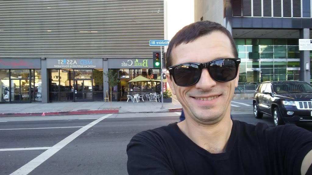 Basil Cafe | restaurant | 6404 Wilshire Blvd, Los Angeles, CA 90048, USA | 3236550976 OR +1 323-655-0976