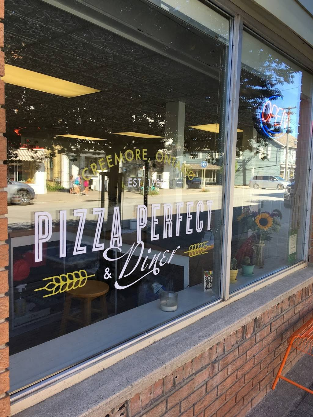 Pizza Perfect and Diner | restaurant | 158 Mill St, Creemore, ON L0M 1G0, Canada | 7054662776 OR +1 705-466-2776