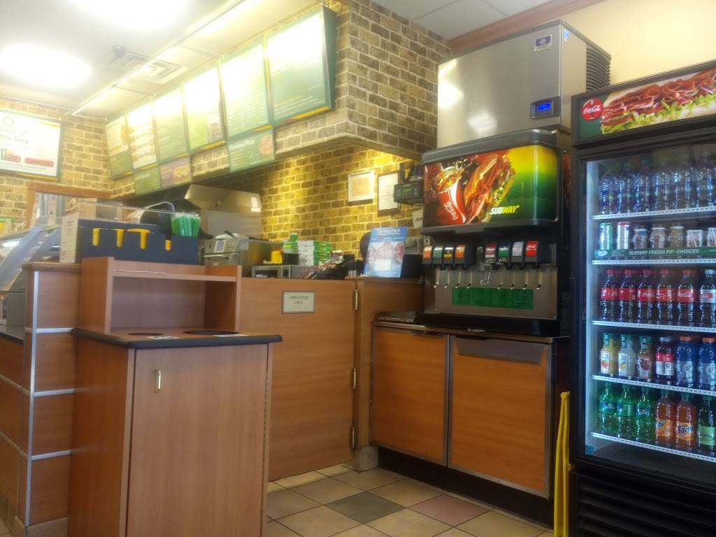 Subway Restaurants | restaurant | 68-18 Roosevelt Ave, Woodside, NY 11377, USA | 9293281257 OR +1 929-328-1257