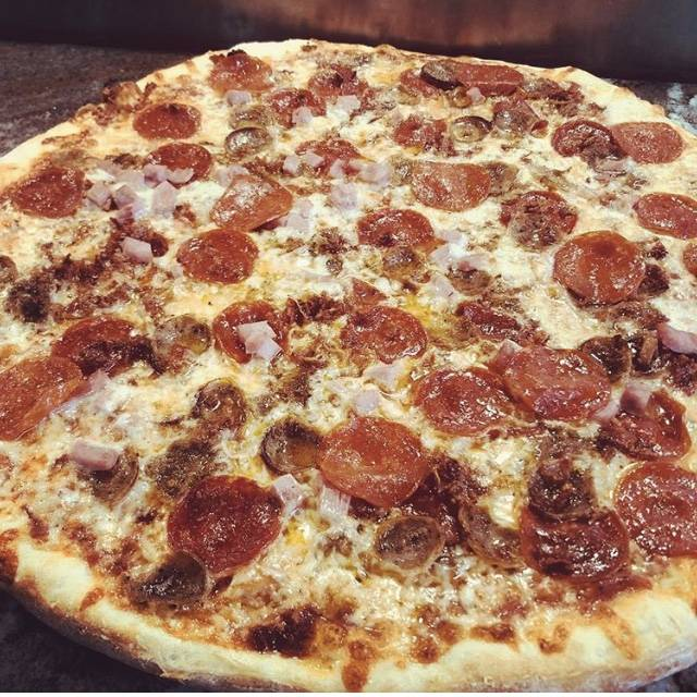 Antonios Pizza | restaurant | 9605 N Tryon St z, Charlotte, NC 28262, USA | 9809995368 OR +1 980-999-5368