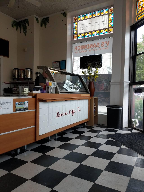 Vs Sandwich | restaurant | 285 Main St, Tilton, NH 03276, USA | 6032868899 OR +1 603-286-8899