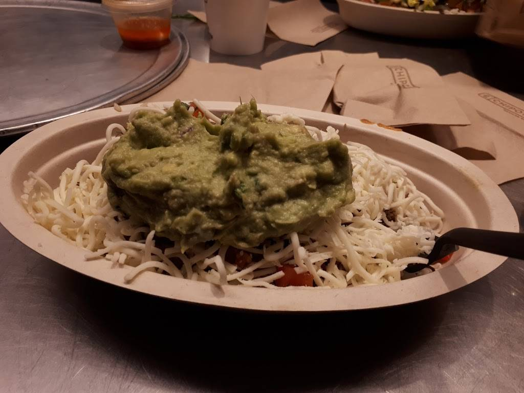 Chipotle Mexican Grill | restaurant | 1523 Sloat Blvd, San Francisco, CA 94132, USA | 4155922187 OR +1 415-592-2187