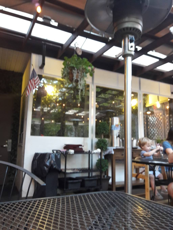 Corner Cafe & Bakery | restaurant | 3718 Riverdale Ave, Bronx, NY 10463, USA | 7186012861 OR +1 718-601-2861