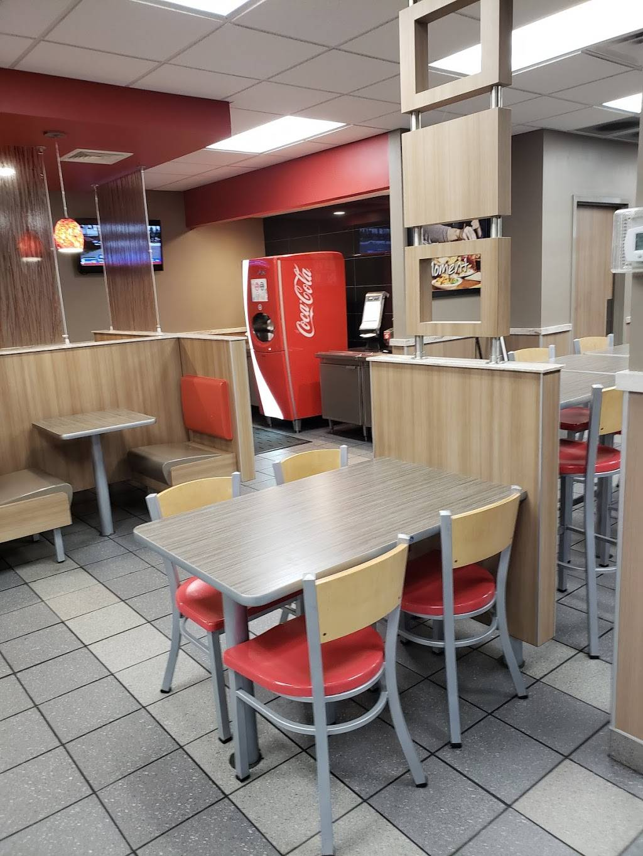 Burger King   restaurant   36 NJ-17, Rutherford, NJ 07070, USA   2018961725 OR +1 201-896-1725