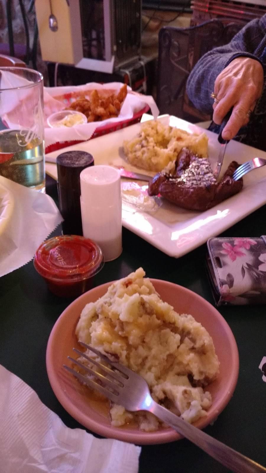 LAF-A-Lot | restaurant | 100 Laf a Lot Rd, Wayland, NY 14572, USA | 5857283722 OR +1 585-728-3722