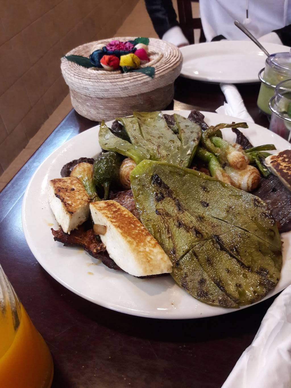 Vista Hermosa   restaurant   1201 Evergreen Ave, Bronx, NY 10472, USA   7188609674 OR +1 718-860-9674