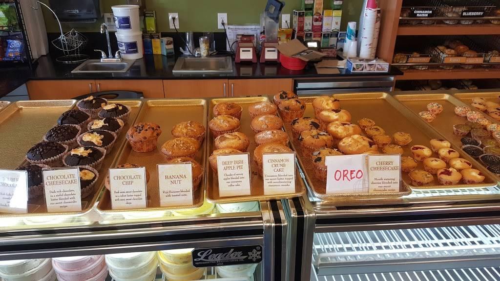Big Apple Bagels | bakery | 3040 Castro Valley Blvd, Castro Valley, CA 94546, USA | 5102757667 OR +1 510-275-7667
