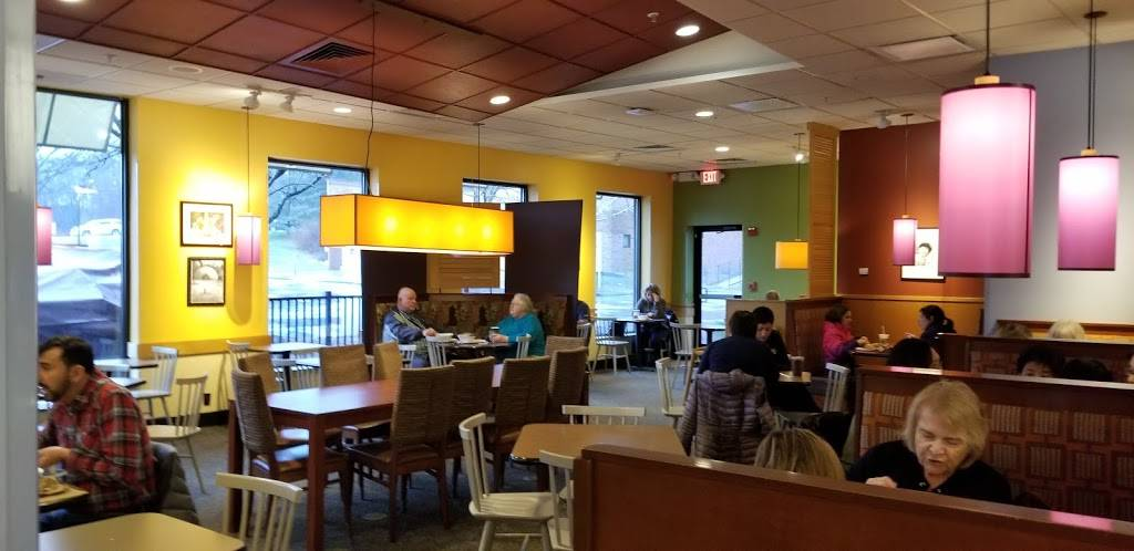 Panera Bread | cafe | 143 Federal Rd, Brookfield, CT 06804, USA | 2037400834 OR +1 203-740-0834