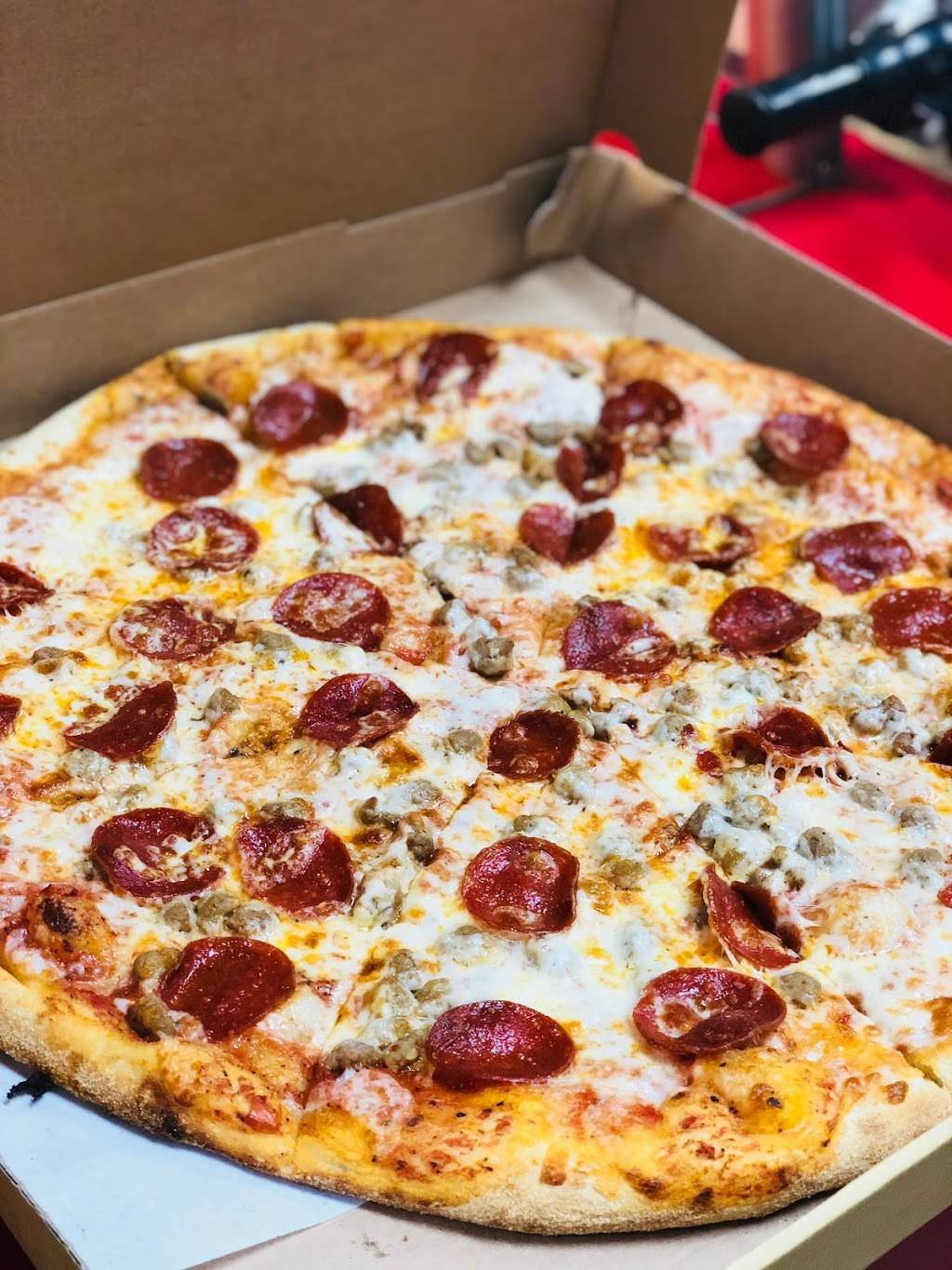 Crown Fried Chicken & Pizza | meal delivery | 235 Ralph Ave, Brooklyn, NY 11233, USA | 7189191700 OR +1 718-919-1700