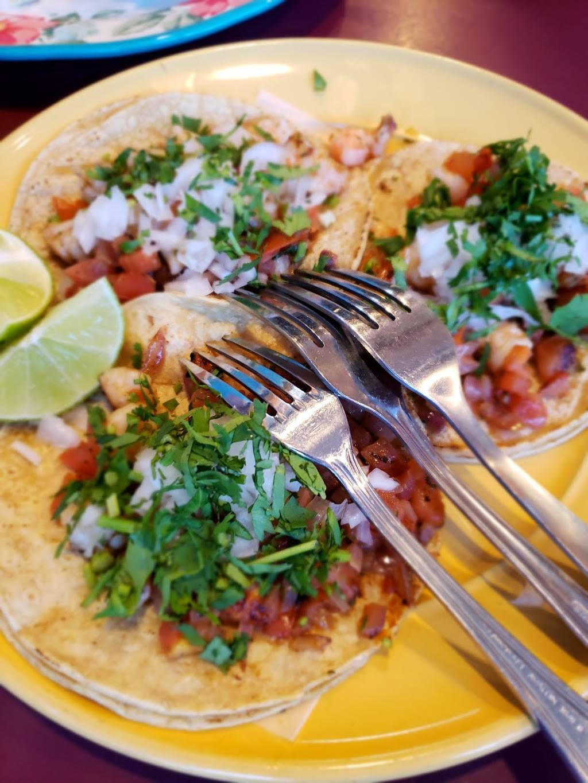 El Pulpo Loco Restaurant   restaurant   6619 N Clark St, Chicago, IL 60626, USA   7732742241 OR +1 773-274-2241