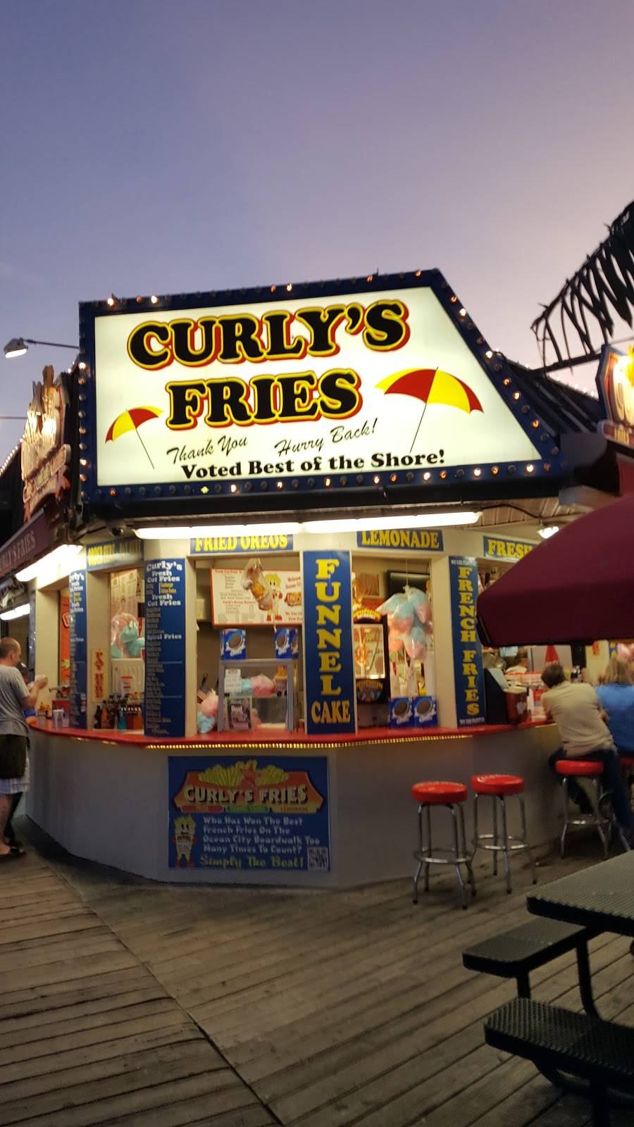 Curlys Fries - Colony Walk | restaurant | 3573, 944 Boardwalk, Ocean City, NJ 08226, USA | 6093981972 OR +1 609-398-1972